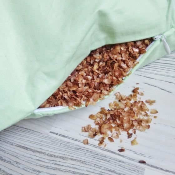 Подушка с пленкой ядра кедрового ореха 40*60