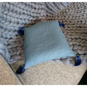 Подушка декоративная с лузгой гречихи, 35*35